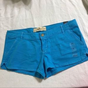 NWT Turquoise Blue Bettys Shorts by Hollister sz28